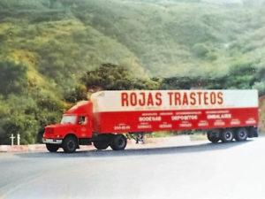 quienes-somos-rojas-trasteos_0026_78654882_1015050558841360_1498296721279549440_n-3-300x225
